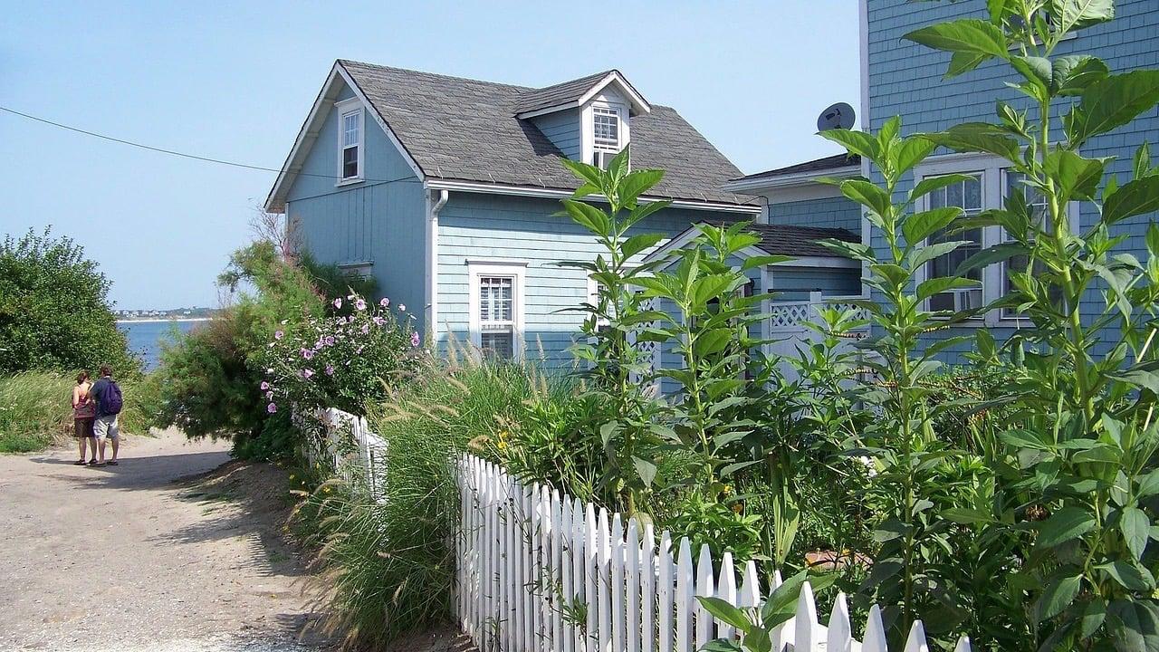 beach-house-292996_1280 2